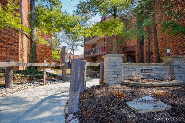 14505 Central Court Ph1, Oak Forest, IL 60452 (MLS #10641530) :: Century 21 Affiliated