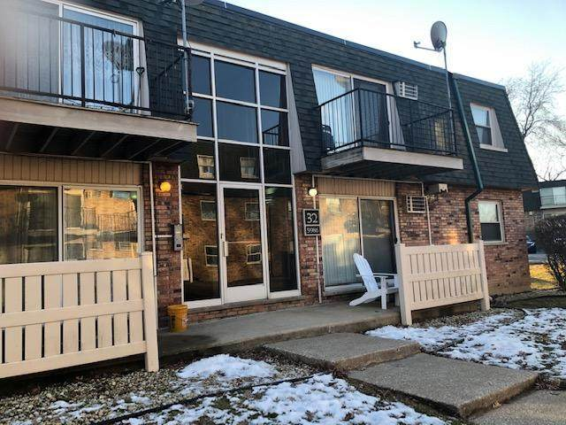 9986 S 84th Terrace #101, Palos Hills, IL 60465 (MLS #10641593) :: Ryan Dallas Real Estate