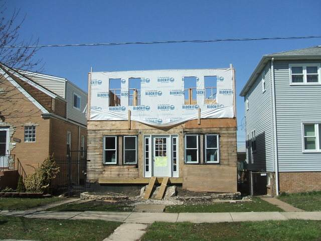 3234 N Ozanam Avenue, Chicago, IL 60634 (MLS #10641975) :: Berkshire Hathaway HomeServices Snyder Real Estate