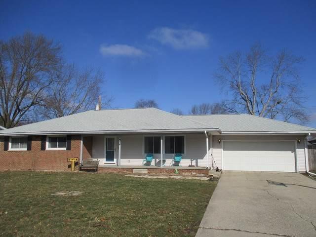 304 Douglas Drive, Tuscola, IL 61953 (MLS #10642351) :: Littlefield Group