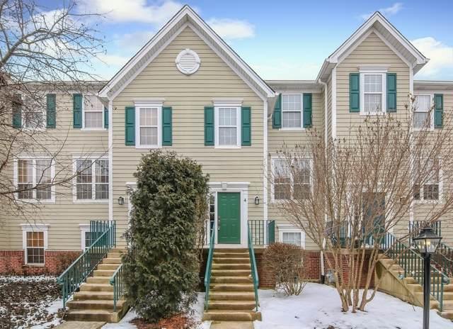 1105 Village Center Parkway #4, Aurora, IL 60506 (MLS #10642421) :: John Lyons Real Estate