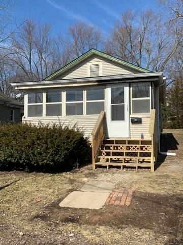 913 E Adams Street, CLINTON, IL 61727 (MLS #10642452) :: Lewke Partners