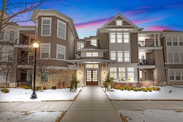 8 E Kennedy Lane #102, Hinsdale, IL 60521 (MLS #10642453) :: John Lyons Real Estate