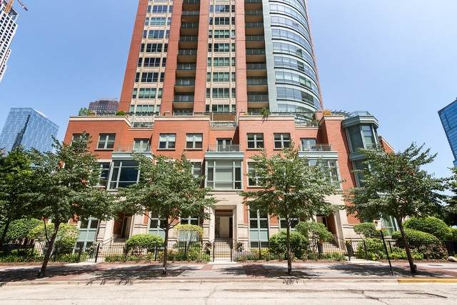 403 E North Water Street, Chicago, IL 60611 (MLS #10643074) :: John Lyons Real Estate