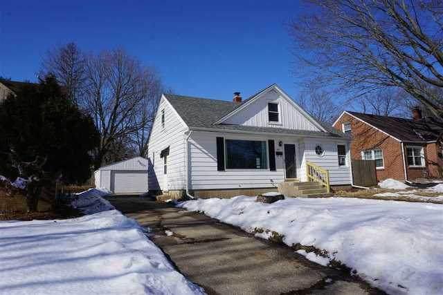 1811 E Gate Parkway, Rockford, IL 61108 (MLS #10643173) :: Ryan Dallas Real Estate
