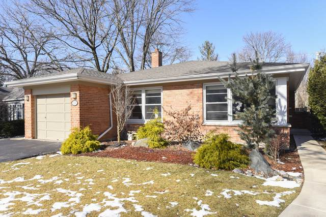 2214 Elmwood Avenue, Wilmette, IL 60091 (MLS #10643416) :: John Lyons Real Estate
