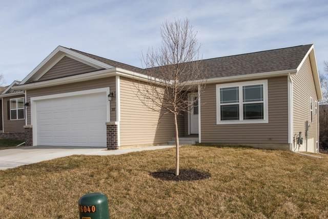 45 Winding Way, Bloomington, IL 61705 (MLS #10643430) :: Jacqui Miller Homes