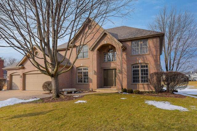 26W352 Torrey Pines Court, Winfield, IL 60190 (MLS #10643439) :: Ryan Dallas Real Estate