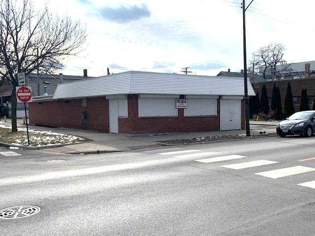 2025 75th Street, Chicago, IL 60649 (MLS #10643447) :: Angela Walker Homes Real Estate Group
