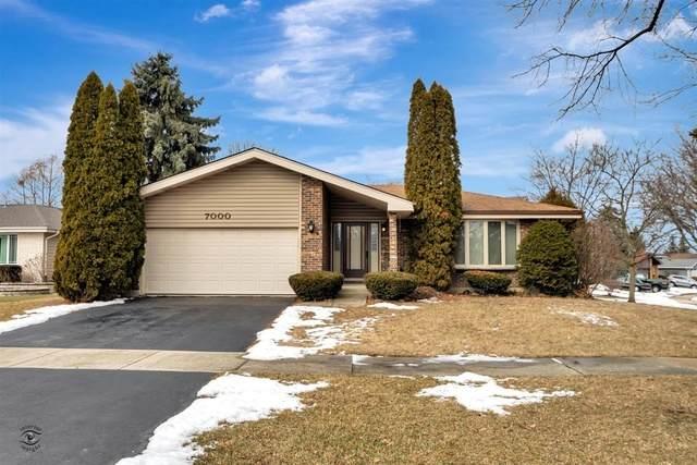 7000 Camden Court, Downers Grove, IL 60516 (MLS #10643606) :: Ryan Dallas Real Estate
