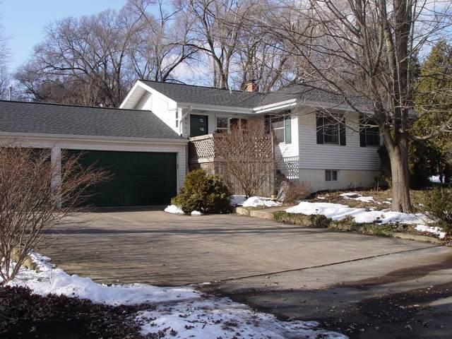 8407 Russell Street, Cary, IL 60013 (MLS #10643966) :: Lewke Partners