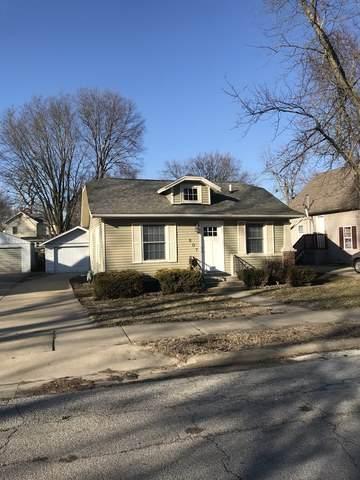 807 W Jefferson Street, Bloomington, IL 61701 (MLS #10644466) :: Baz Network | Keller Williams Elite