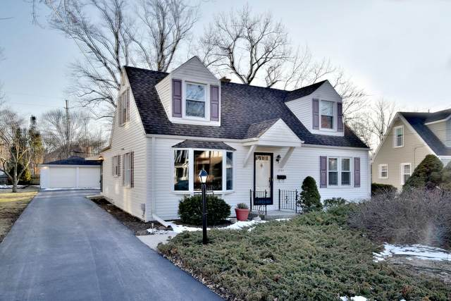 294 E Crescent Avenue, Elmhurst, IL 60126 (MLS #10644774) :: Suburban Life Realty