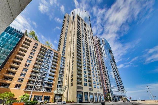 420 E Waterside Drive #901, Chicago, IL 60601 (MLS #10644831) :: Ryan Dallas Real Estate