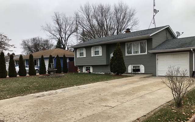 1009 N Hayes Street, Harvard, IL 60033 (MLS #10645439) :: Jacqui Miller Homes