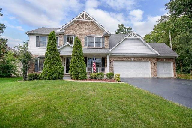 2242 Manning Road, Darien, IL 60561 (MLS #10645468) :: John Lyons Real Estate