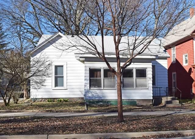 706 W Illinois Street, Urbana, IL 61801 (MLS #10645494) :: Littlefield Group