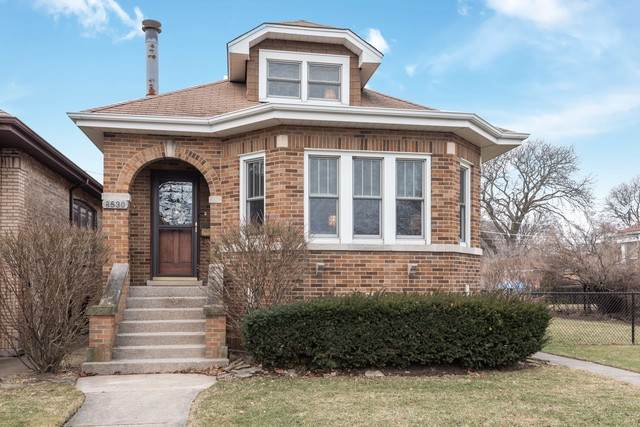 8530 Mansfield Avenue, Morton Grove, IL 60053 (MLS #10645585) :: Helen Oliveri Real Estate