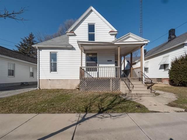 809 W Olive Street, Bloomington, IL 61701 (MLS #10646046) :: The Mattz Mega Group