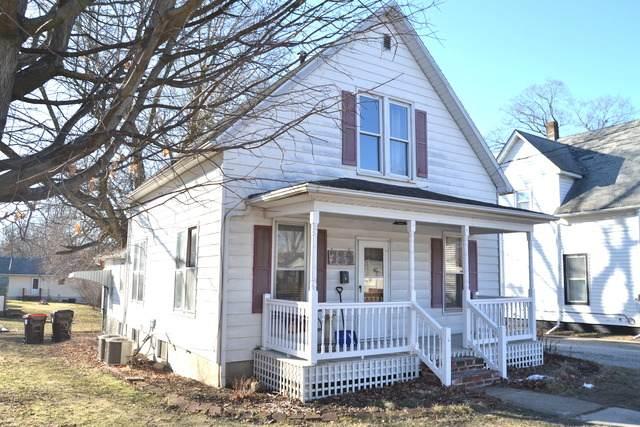729 N Grant Street, CLINTON, IL 61727 (MLS #10646109) :: Lewke Partners