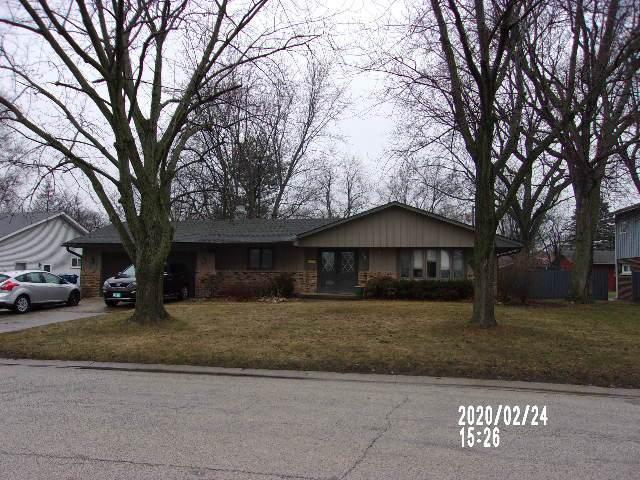 558 Porter Avenue, Watseka, IL 60970 (MLS #10646381) :: Berkshire Hathaway HomeServices Snyder Real Estate