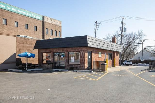 6335 95th Street, Oak Lawn, IL 60453 (MLS #10646475) :: The Dena Furlow Team - Keller Williams Realty