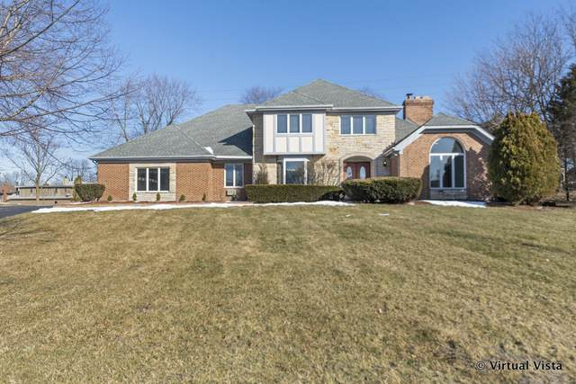 8261 Ridgepointe Drive, Burr Ridge, IL 60527 (MLS #10646577) :: John Lyons Real Estate