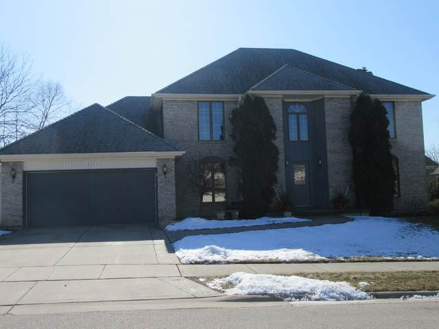 27w211 Waterford Drive, Winfield, IL 60190 (MLS #10646623) :: John Lyons Real Estate