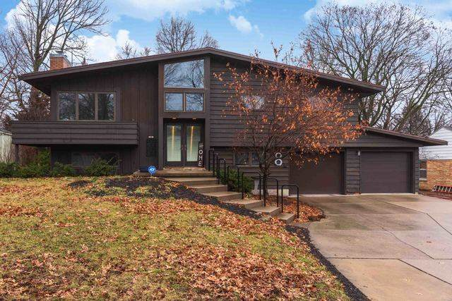 8 Knollcrest Court, Normal, IL 61761 (MLS #10646743) :: BN Homes Group