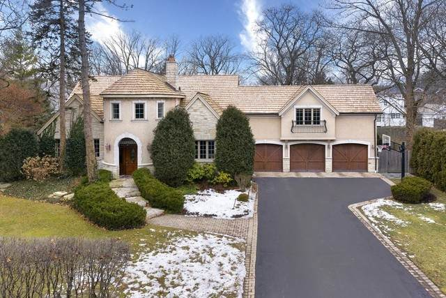 1414 Canterbury Lane, Glenview, IL 60025 (MLS #10647036) :: Berkshire Hathaway HomeServices Snyder Real Estate