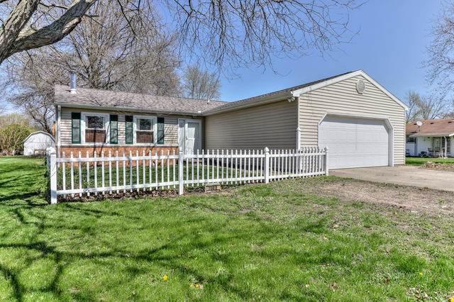 204 E Evergreen Drive, ST. JOSEPH, IL 61873 (MLS #10647126) :: Ryan Dallas Real Estate