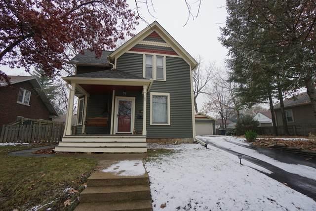 466 Moseley Street, Elgin, IL 60123 (MLS #10647385) :: Janet Jurich