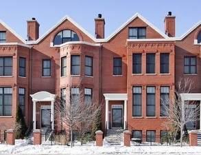 1835 Admiral Court #107, Glenview, IL 60026 (MLS #10648258) :: Helen Oliveri Real Estate