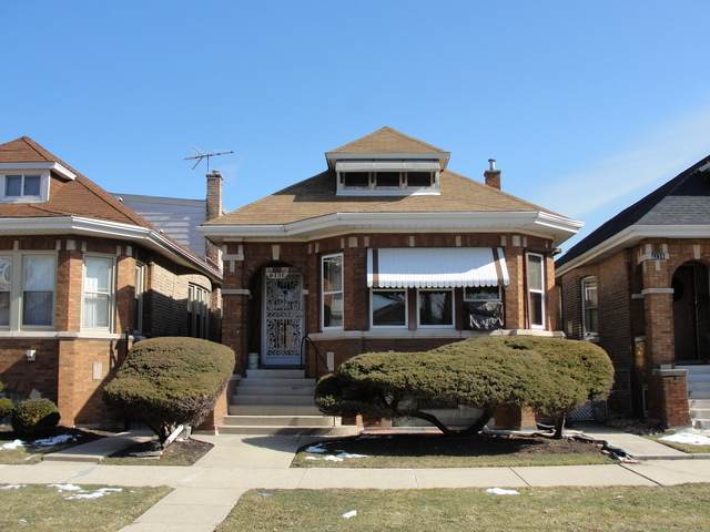 6131 S Kedvale Avenue, Chicago, IL 60629 (MLS #10648284) :: John Lyons Real Estate