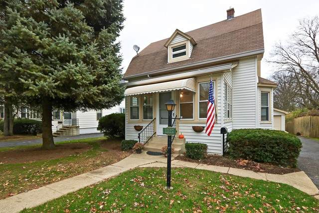 1327 Edgewood Road, Lake Forest, IL 60045 (MLS #10648767) :: Littlefield Group