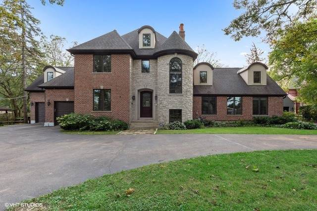 16256 W Woodbine Circle, Vernon Hills, IL 60061 (MLS #10648914) :: Helen Oliveri Real Estate