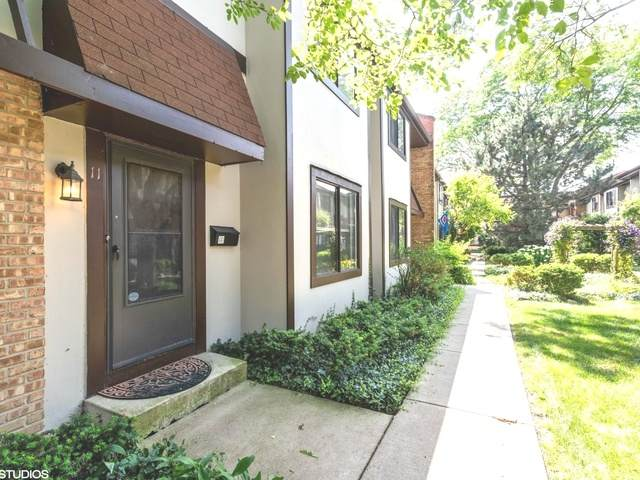 1734 Henley Street #11, Glenview, IL 60025 (MLS #10648951) :: Helen Oliveri Real Estate