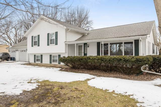 1403 E 28th Street, Sterling, IL 61081 (MLS #10649069) :: Angela Walker Homes Real Estate Group