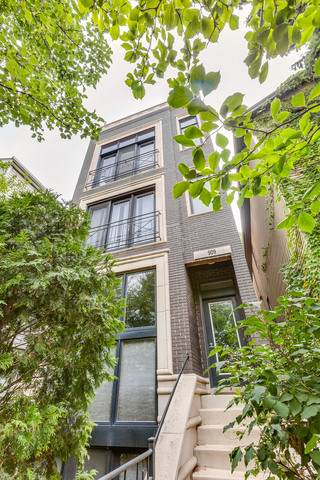 909 N Honore Street #2, Chicago, IL 60622 (MLS #10649181) :: Ryan Dallas Real Estate