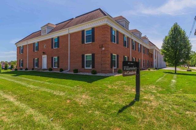 602 S Mercer Avenue #101, Bloomington, IL 61701 (MLS #10649577) :: John Lyons Real Estate