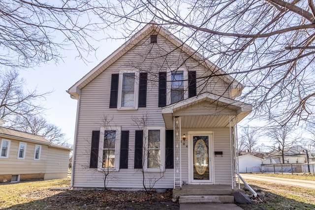 104 W North Street, Lexington, IL 61753 (MLS #10649764) :: Janet Jurich