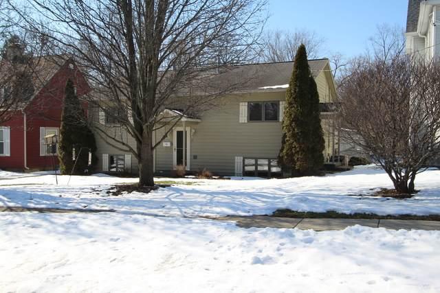532-534 Bunker Street, Woodstock, IL 60098 (MLS #10650086) :: Lewke Partners