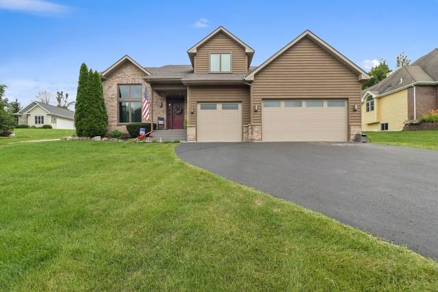 1255 Edgewood Drive, Lake Geneva, WI 53147 (MLS #10650471) :: The Wexler Group at Keller Williams Preferred Realty