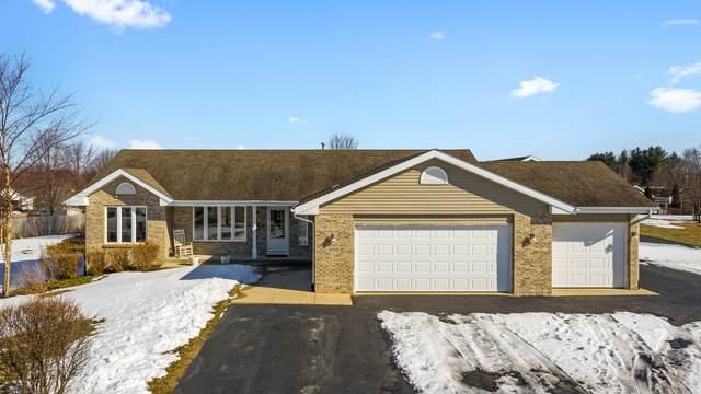 200 White Oak Drive, Poplar Grove, IL 61065 (MLS #10650787) :: Jacqui Miller Homes