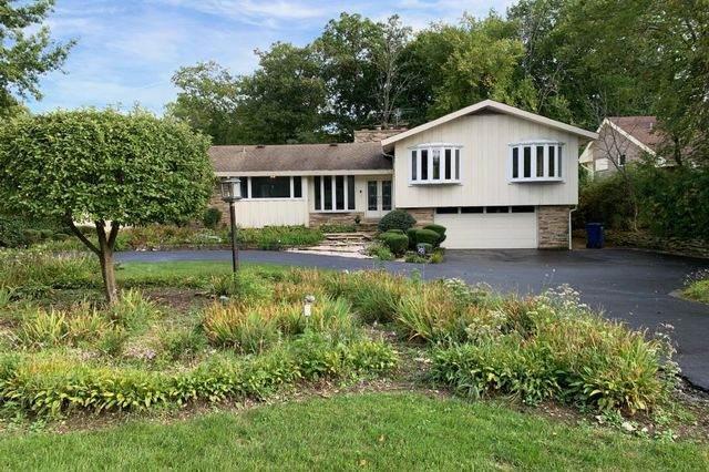 100 Ravinoaks Lane, Highland Park, IL 60035 (MLS #10651195) :: Lewke Partners