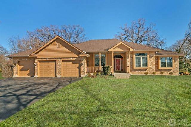 10916 Hickory Nut Way, Richmond, IL 60071 (MLS #10652221) :: Helen Oliveri Real Estate