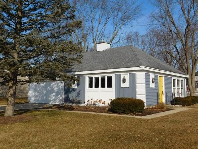 30 Beau Meade Road, Oswego, IL 60543 (MLS #10652364) :: Lewke Partners