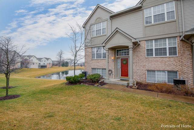 8010 Windsor Drive #8010, Darien, IL 60561 (MLS #10655250) :: John Lyons Real Estate
