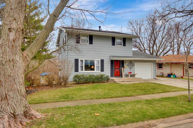 915 Mayflower Avenue, Bloomington, IL 61701 (MLS #10655256) :: The Wexler Group at Keller Williams Preferred Realty