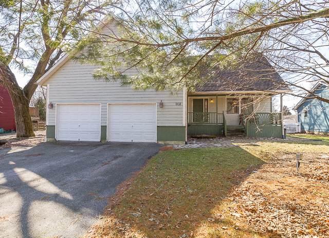 902 Sarah Street, Lake Holiday, IL 60548 (MLS #10655382) :: Suburban Life Realty
